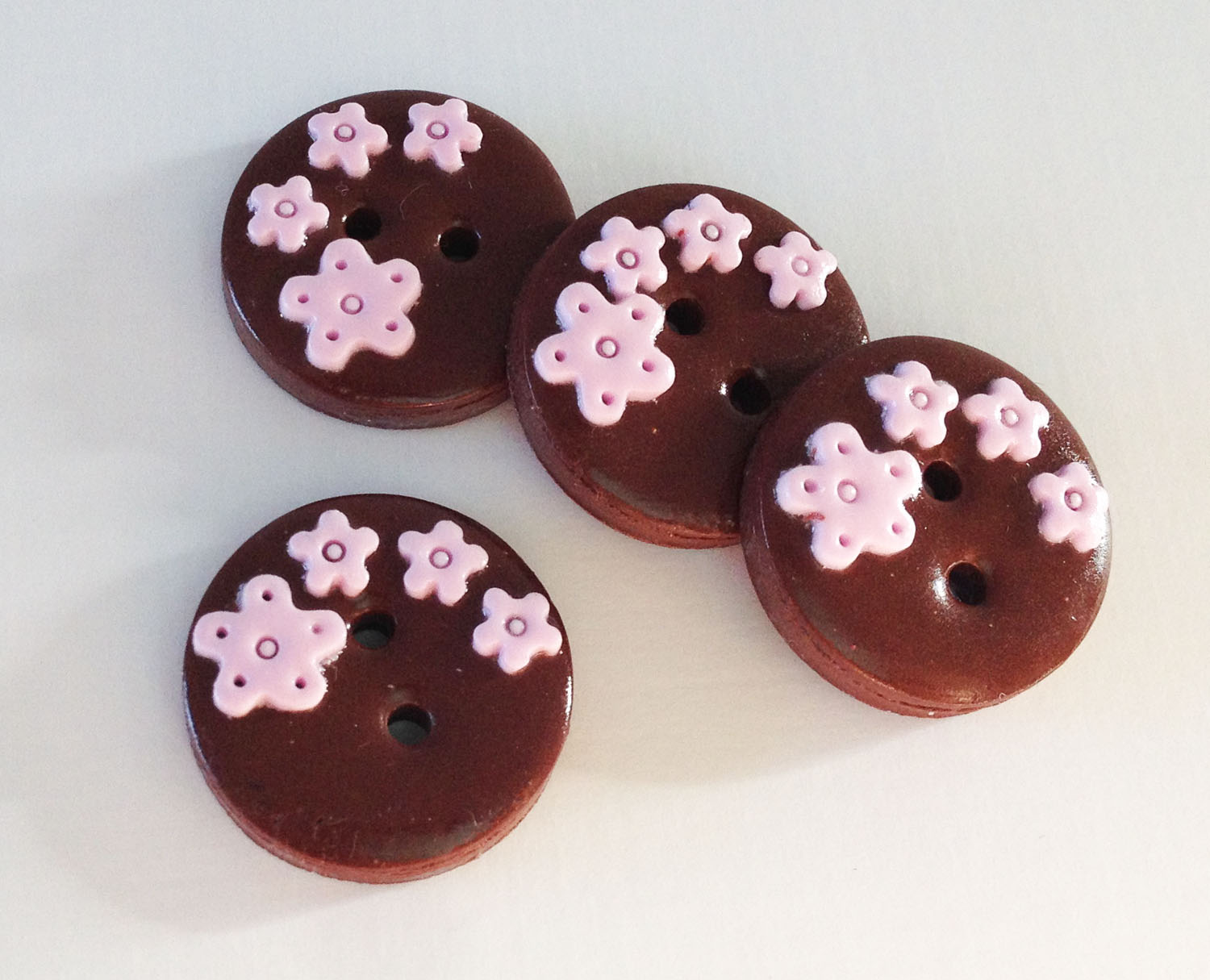 Pink And Brown Flowers Set Of 4 Polymer Clay Buttons Ayarina