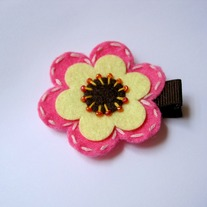 Felt flower clip, Pink/Brown