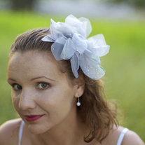 Platinum Dahlia Fascinator - Thumbnail 2
