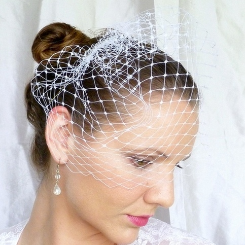 White 12 inch Merry Widow Veil