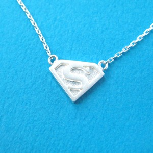 Superman Logo Symbol Charm Necklace in Silver
