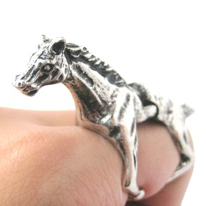 Detailed Horse Pony Shaped Animal Armor Joint Knuckle Ring in Silver | Sizes 5 to 9