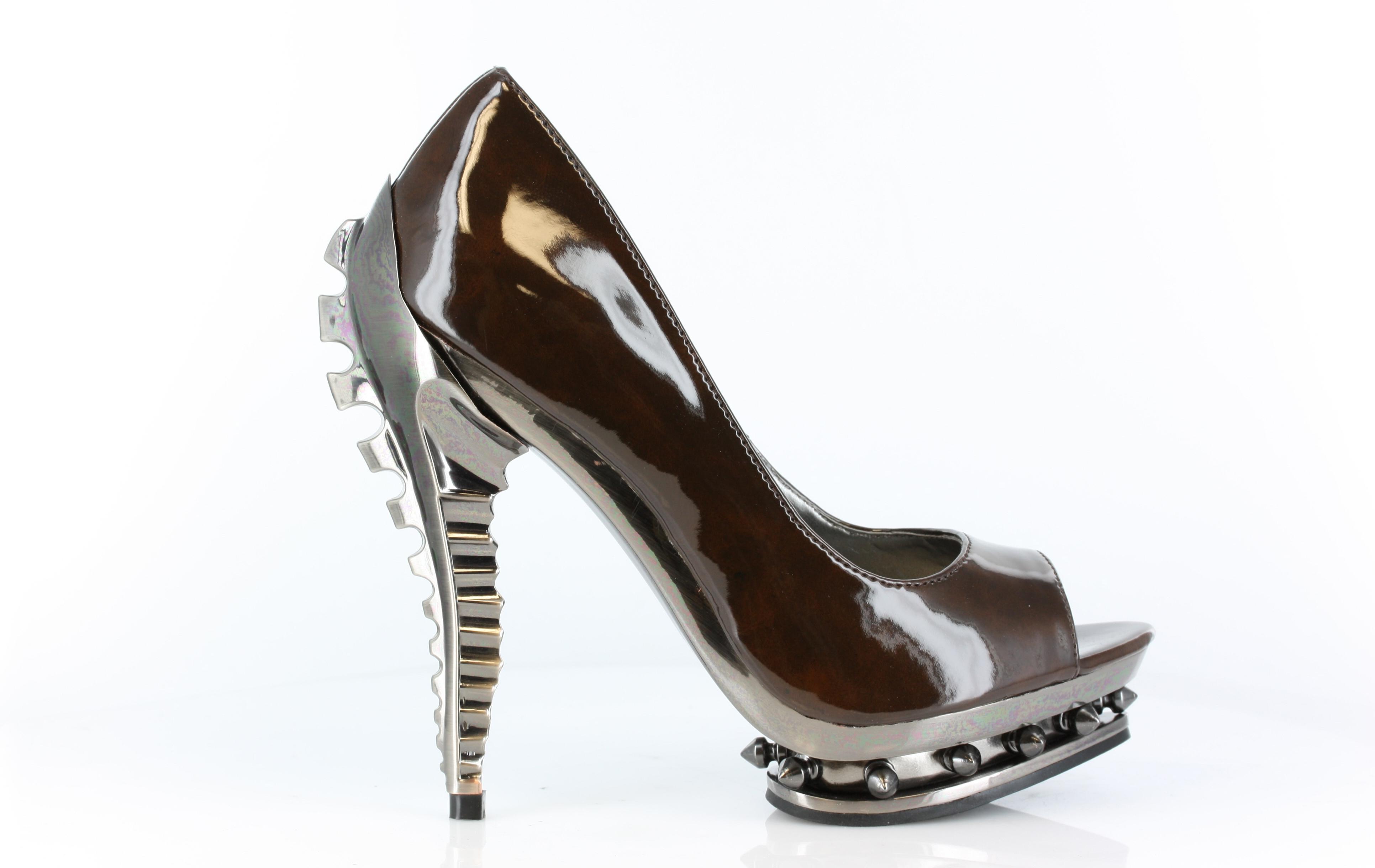 Do Pleaser Shoes Run True Size