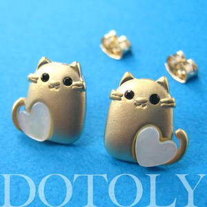 Kitty Cat Animal Earrings in Gold with Pearl Heart Detail ALLERGY FREE