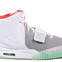NIKE AIR YEEZY 2 PURE PLATINUM 508214-010