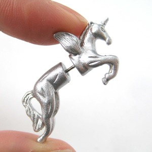 3D Unicorn Pegasus Horse Animal Fake Gauge Earrings in Shiny Silver