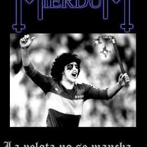 The True Mierdum - La Pelota No Se Mancha... Se Sacrifica Por Satán MC