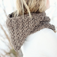 CROCHET PATTERN HOODIE Cowl The Toronto - Thumbnail 1