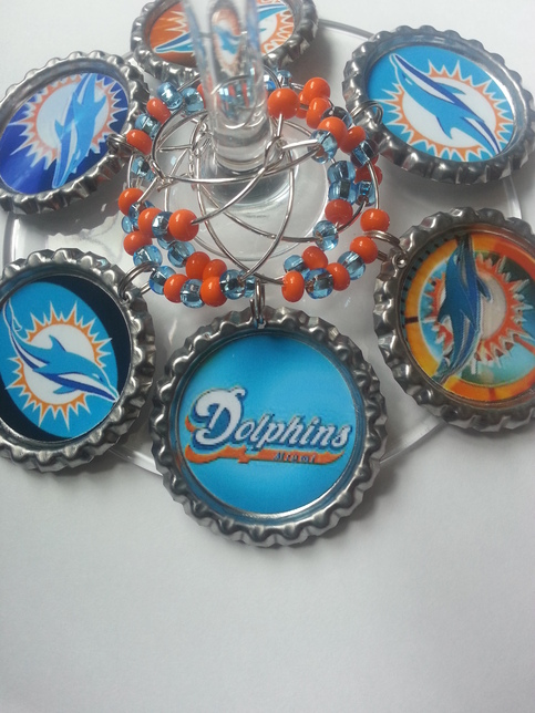 Miami Dolphins Accessories, Dolphins Gifts ticketfinder.ga is fully stocked with a refined collection of Miami Dolphins Accessories for men, ladies, and kids. Browse our stylish Dolphins Accessories for women featuring Dolphins Jewelry, Purses, Sunglasses and more gift ideas.