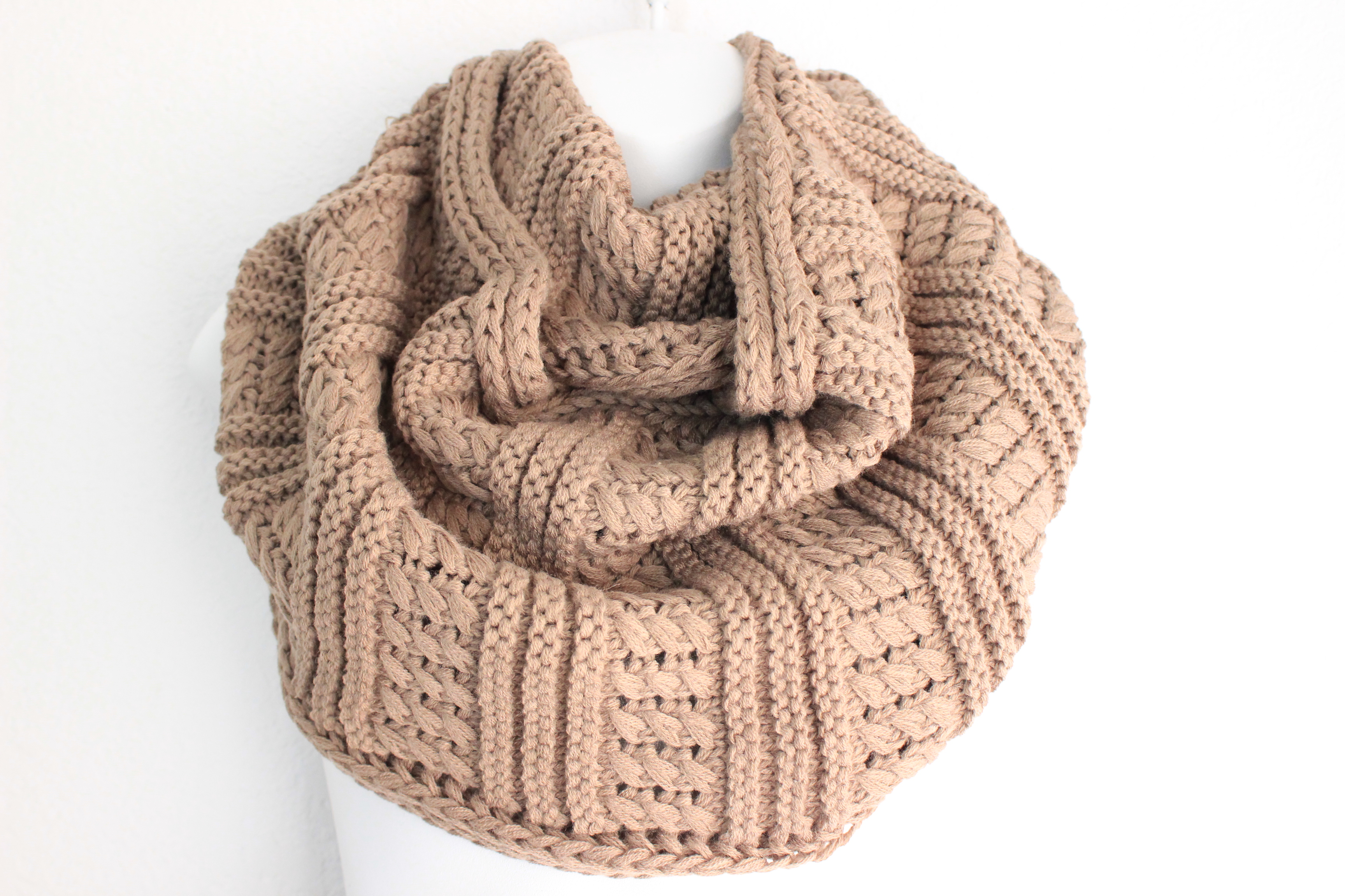 Oversized Infinity Scarf Knitting Pattern : Womens Knitted Scarf, Mocha Chunky Knit Scarf, Knit ...