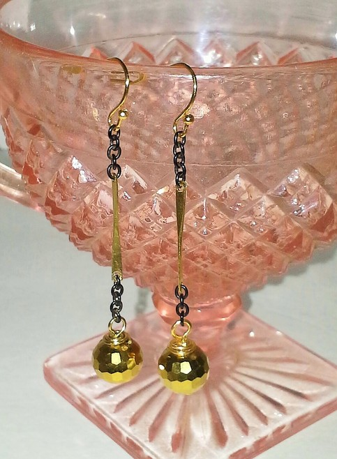 Gold and black dangle earrings amelia 39 s southern for Jewelry stores in slidell louisiana