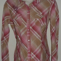 Tan/Pink Long Sleeve Shirt with Collar and Pearl Snap Buttons-Motherhood Maternity Size Medium  CLSR1