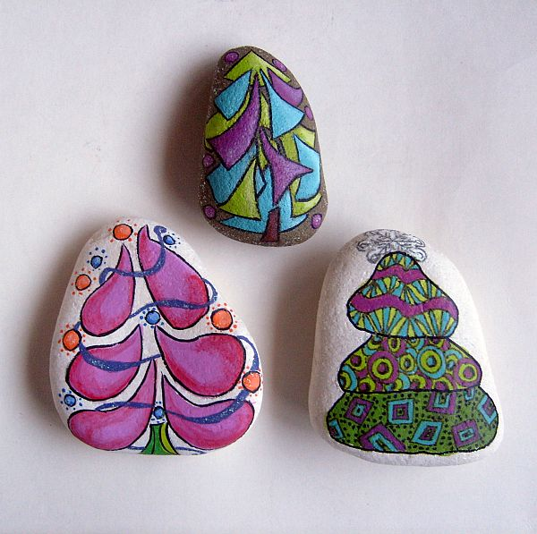 set of 3 doodle christmas tree painted rocks free usa shipping