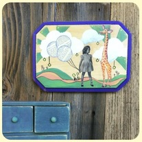 Girl_giraffee_wall_plaque_medium