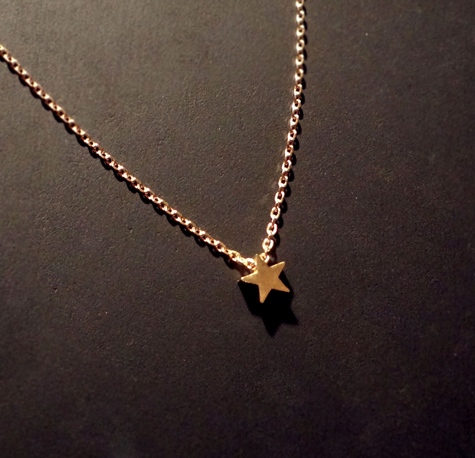Foyer Minimalist Jewellery : Tiny star necklace on delicate quot gold chain small