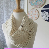 PDF Pattern Puff Stitch Button Cowl