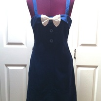 In S M & L - navy blue pan collar sleeveless straight pencil skirt rockabilly dress w white double bow brooch