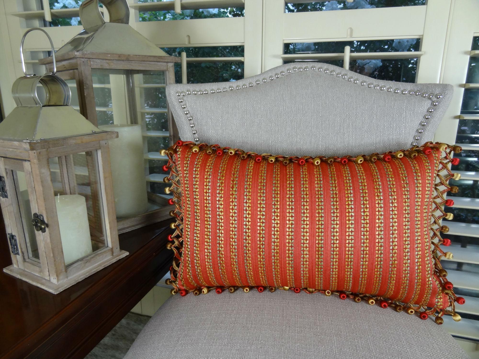 Modern Decorative Lumbar Pillows : 12