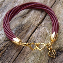 Red Leather Gold Heart Clasp Bracelet