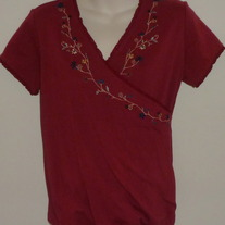Burgundy Short Sleeve Shirt with Floral Neck Line-Take Nine Maternity Size Medium  SF0413