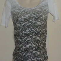 Black/Gray Fade Top-Gap Maternity Size Small  GS513