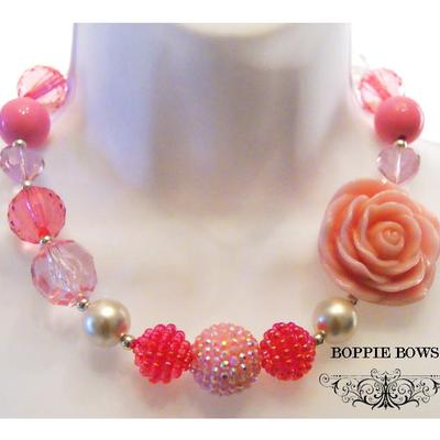 Lite rosey pink chunky necklace