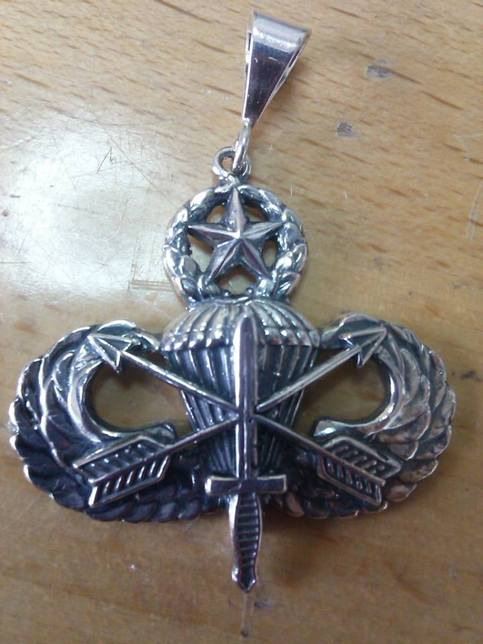 Army Special Forces Airborne Master Jump Wings Pendant