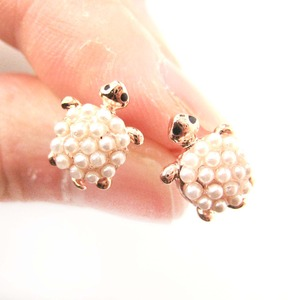Cute Turtle Tortoise Sea Animal Stud Earrings with Beaded Detail