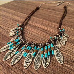 Boho Western Feather Necklace