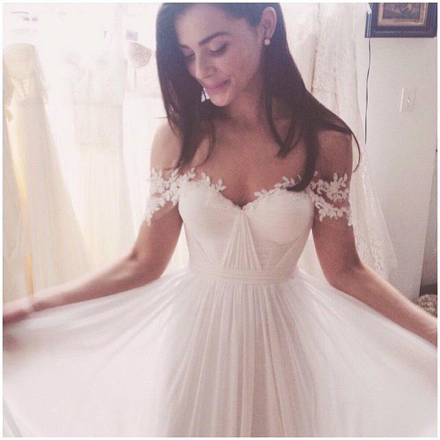 Simple Elegant Off Shoulder Beach Wedding Dresses 2017 Floor Length With  Appliques ,cheap Wedding Dress ...