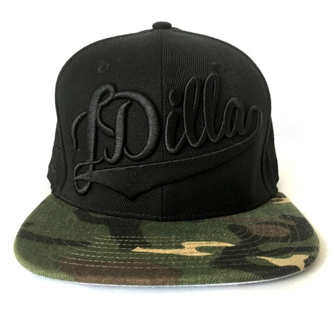 <div class=lght> <div class=lghttit>JD - SNAPBACK (CAMO) BLACK</div> <div class=lghtprice>&#36;40</div> <div class=lghtbut><a href=http://www.jdillastore.com/products/16769964-jd-snapback-camo-black target=_blank class=lghtbtn>MORE DETAILS</a></div> </div> <p>