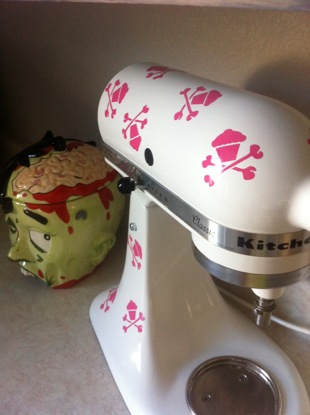 KitchenAid Mixer Art, 8 Skull Cupcake Decals