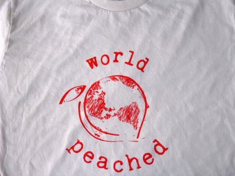 world peached tee