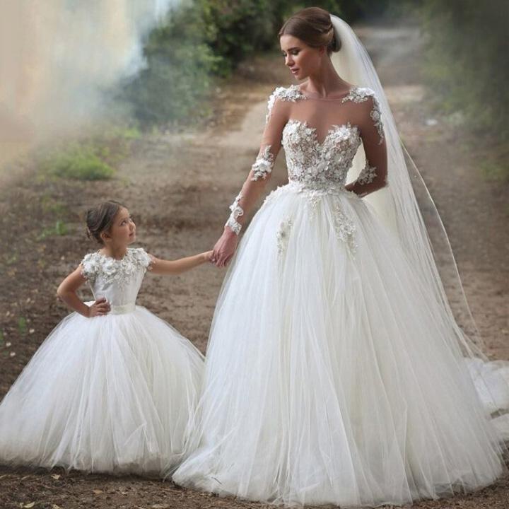 0e8b5521b05 Boat Line Illusion Tulle Wedding Dress