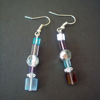 "1 1/2 "" Purple hanging earrings"