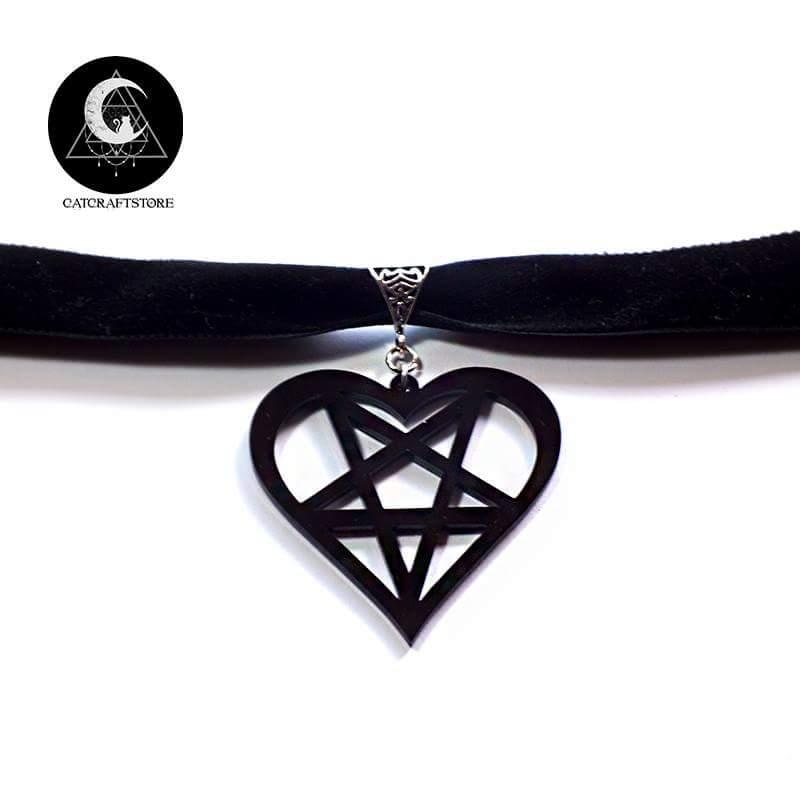 Black velvet heartagram pendant choker cat crafts online store black velvet heartagram pendant choker aloadofball Image collections