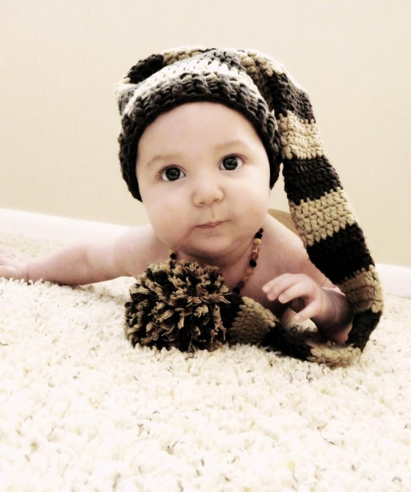 Baby_elf_hat_in_brown_and_tan_with_big_round_pouf_ball_tassel_at_end_original