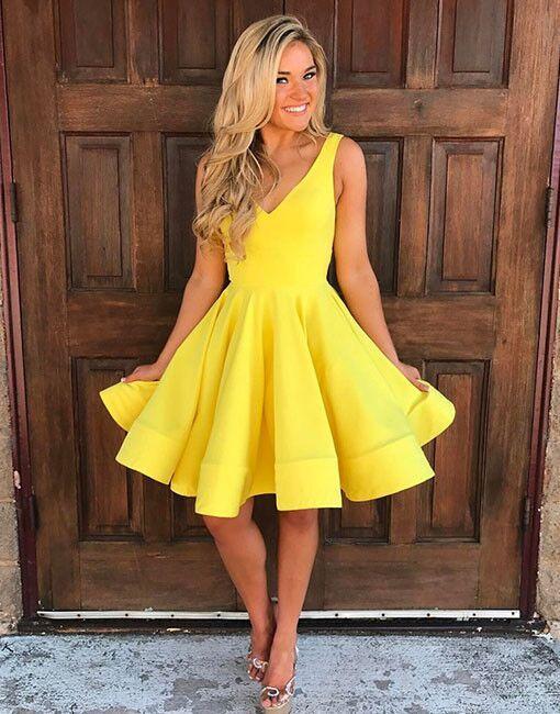 Cute V Neck Yellow Homecoming Dressessleeveless Short Prom Dresses