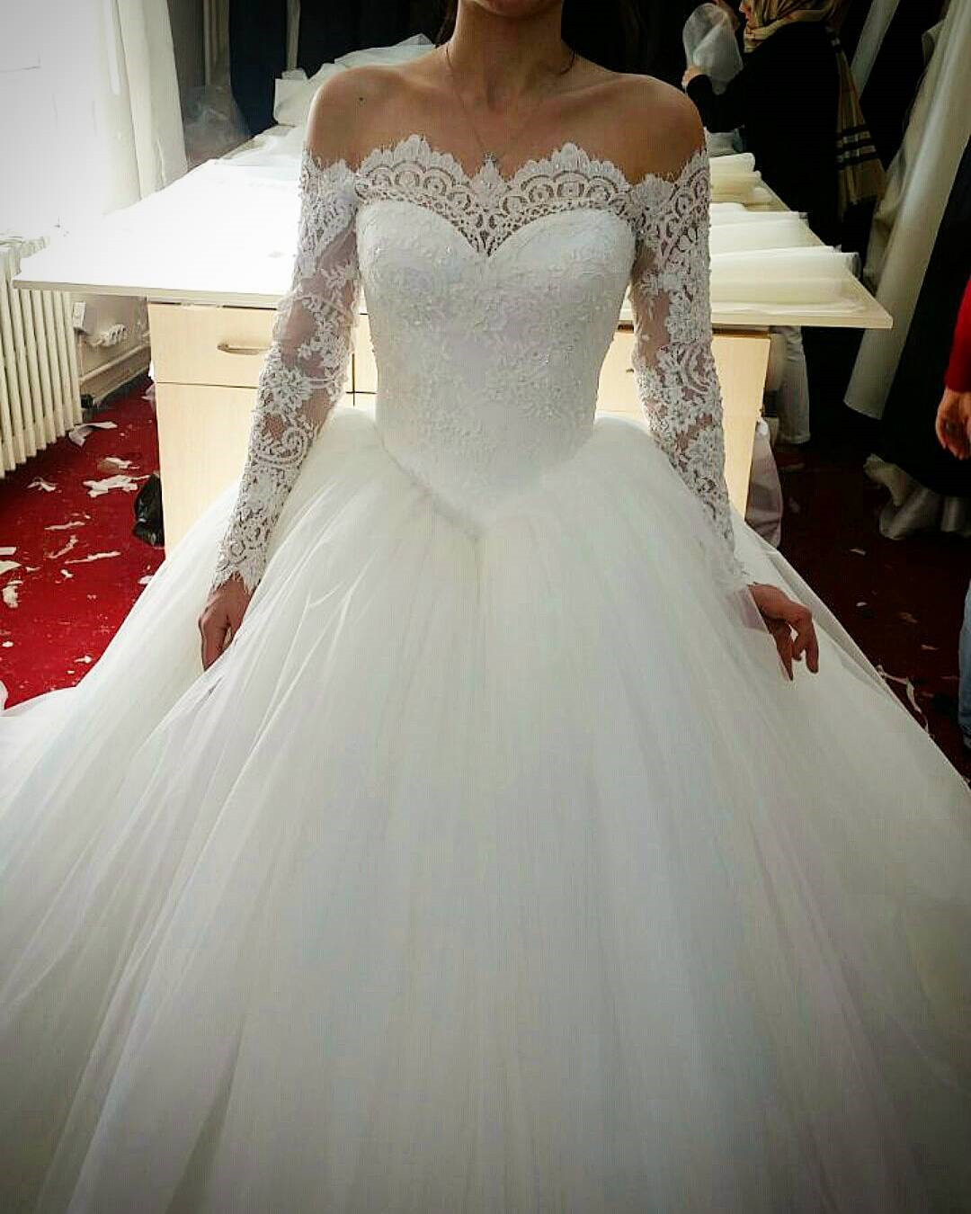 S291 lace long sleeves tulle ball gowns wedding dresses off the ...