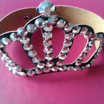 Crown_20bracelet_medium