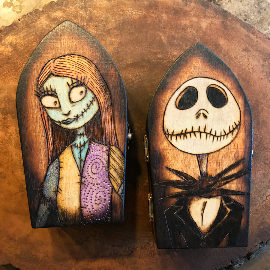 Nightmare Before Christmas - Jack & Sally Coffin Boxes · Monica ...