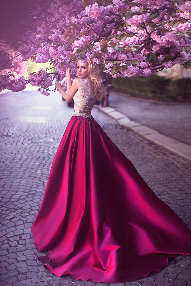 Romantic A Line Jewel Rose Red Satin Prom Evening Wedding Dress With Lace