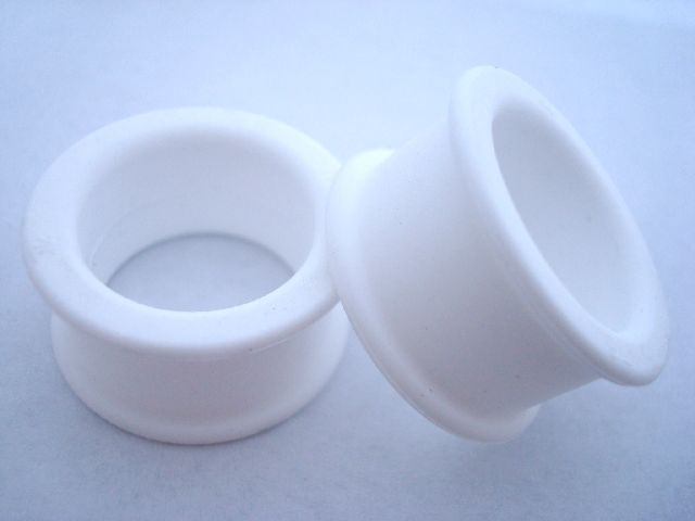 Thumb_kaos_white_original_plugs_2_original