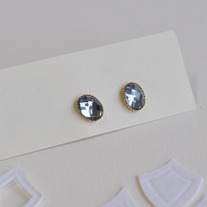 Storm grey faceted glass studs