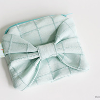 Mint Bow Zip Pouch