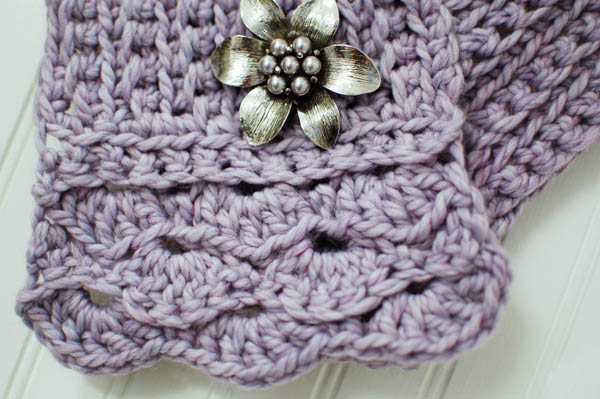 Pretty Crochet Patterns : Crochet Pattern - Pretty Cowl / Scarf / Scarflette ? Petals to Picots ...
