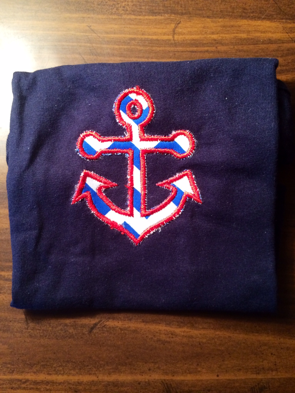 Raggy Anchor Applique T-Shirt from KLH Designs