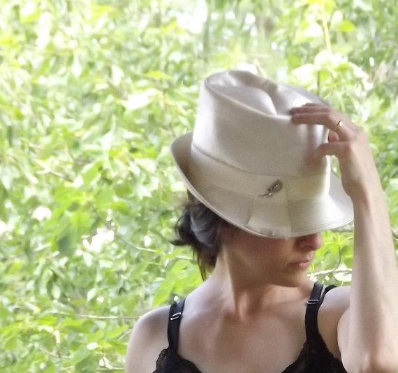 b6ba1590df4 Womens White Fedora Hat with Deco Rhinestone Rose Brooch Pin ...