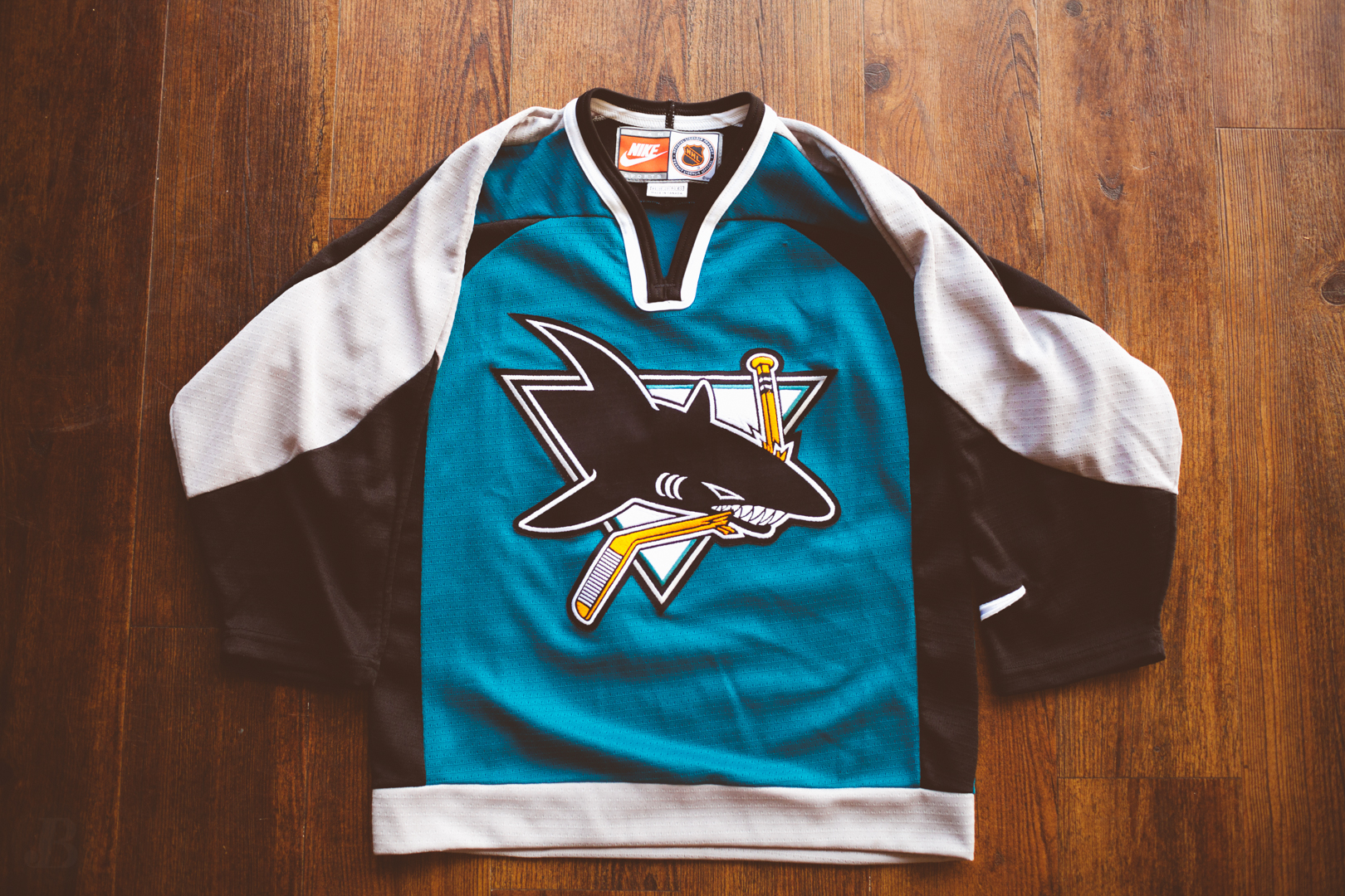 new arrival 9f5df a4cf3 San Jose Sharks Nike Mens Small Jersey