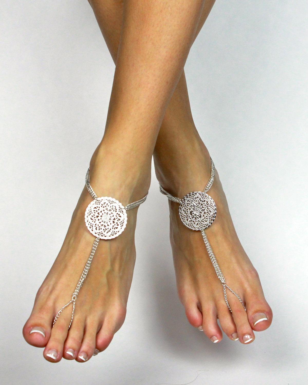 09d526e8042b Stunning Bridal Barefoot Sandals Beach Wedding Foot Jewelry Bridal Anklet  Foot Thong Beach Wedding Shoes Wedding